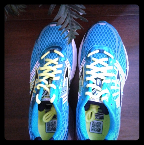 Brooks Running Th Shoes Poshmark Edition Gts14 fgfxr